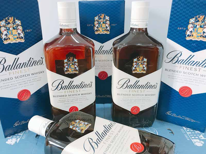 Whisky-Ballantine-Finest-1-Lit