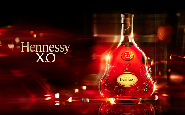cam-nhan-su-sang-trong-voi-hennessy-xo