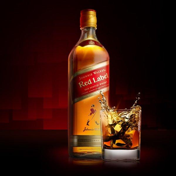 ruou-johnnie-walker-red-label-dang-cap