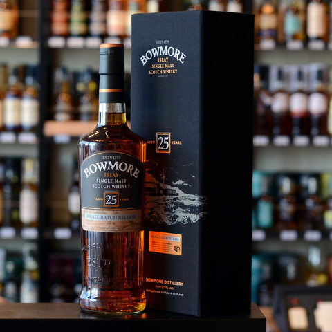 Bowmore-25-years-old-large